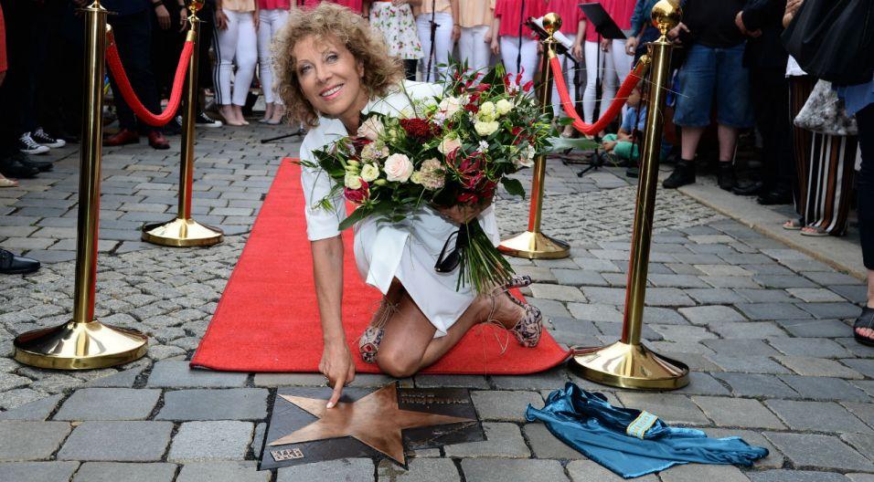 Swoją gwiazdę w Opolu ma już też Alicja Majewska (fot. TVP)
