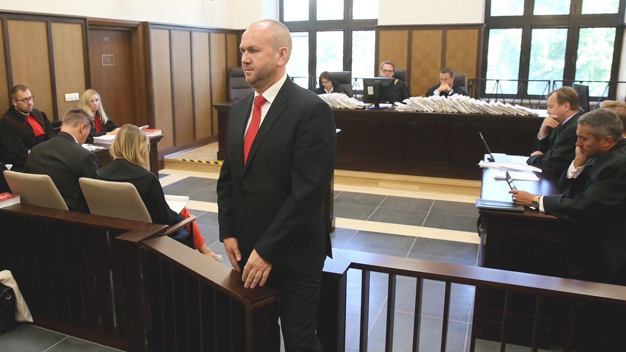 Były szef CBA Paweł Wojtunik w sądzie (fot. arch. PAP/Tomasz Gzell )