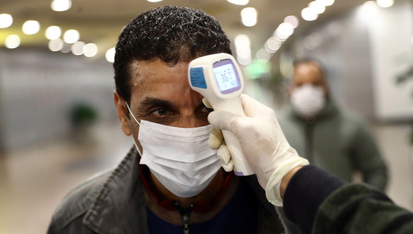 Egipt poinformował Światową Organizację Zdrowia o przypadku koronawirusa i podjął niezbędne środki zapobiegawcze  (fot. PAP/EPA/STR)