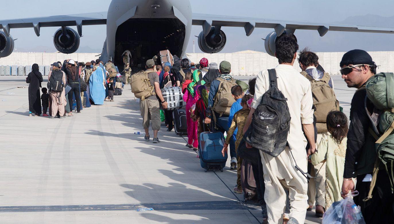 Doniesienia mediów ws. ewakuacji z Kabulu (fot. Getty Images)