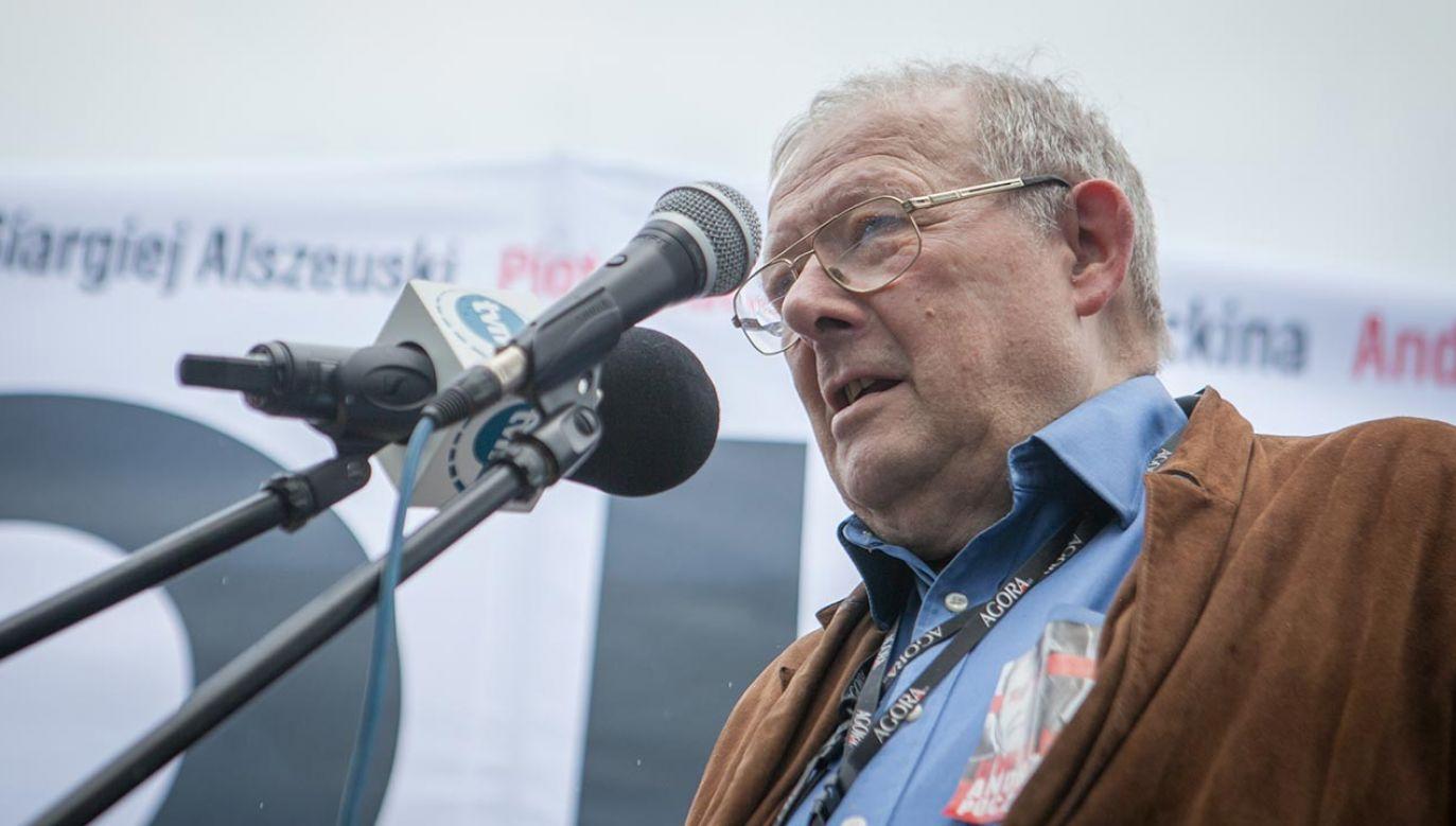 """Redaktor naczelny """"Gazety Wyborczej"""" Adam Michnik (fot. Forum/Julia Zabrodzka)"""