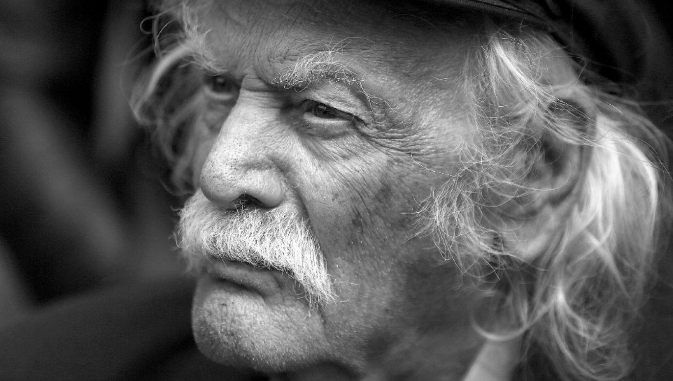 Manolis Glezos miał 97 lat (fot. PAP/EPA/ORESTIS PANAGIOTOU)