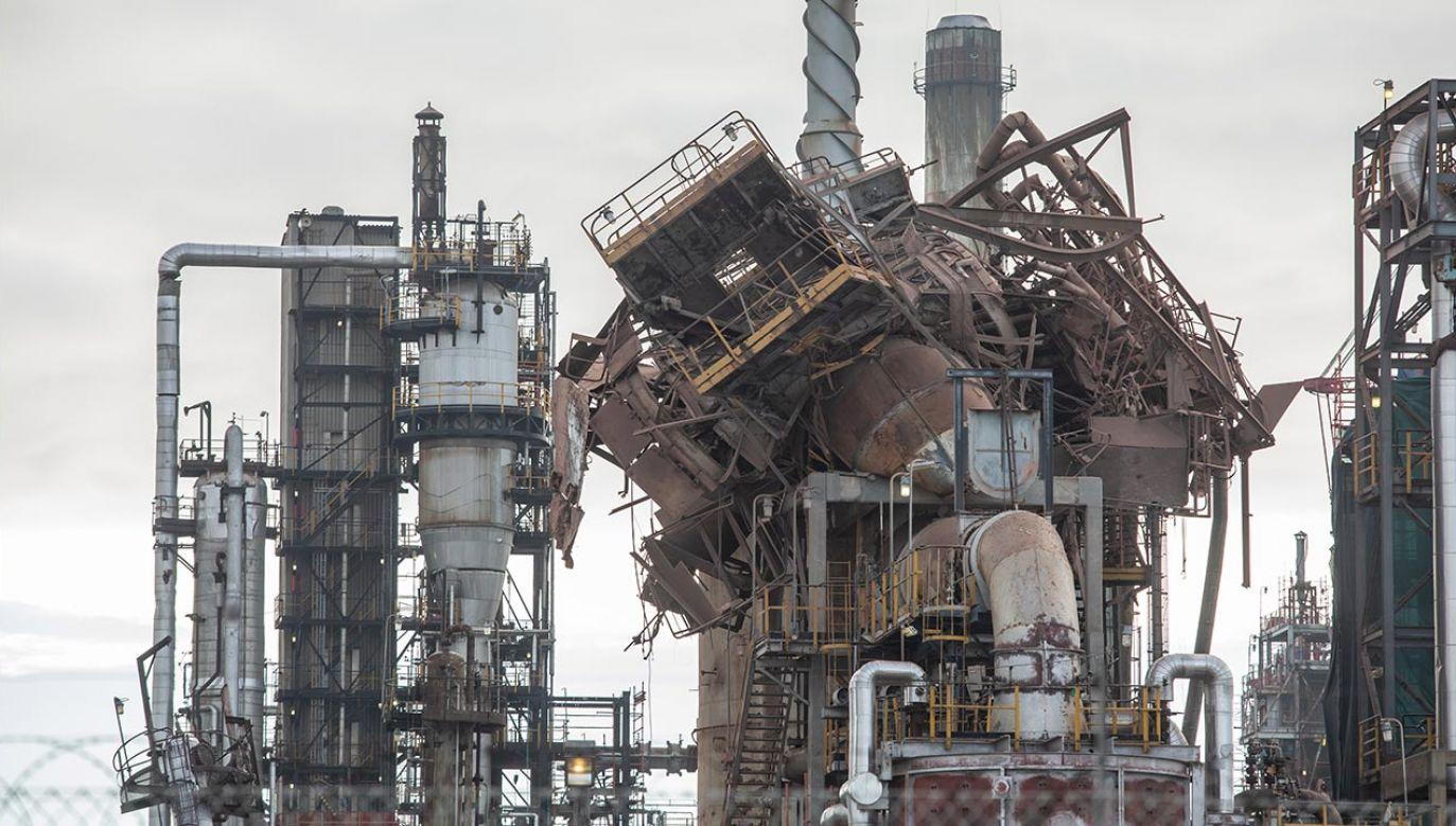 Zaraz po eksplozji w rafinerii w stolicy legislacyjne RPA zawyły syreny (fot. Misha Jordaan/Gallo Images via Getty Images)