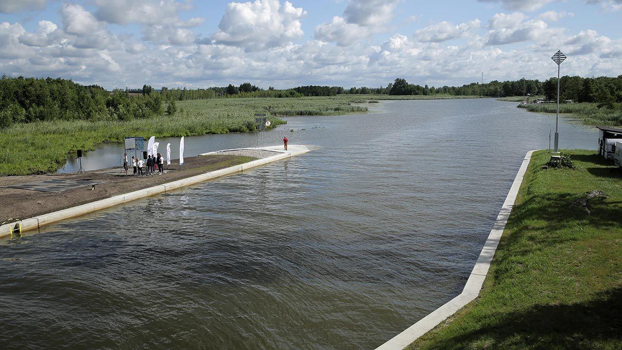 Koniec remontu Kanału Grunwaldzkiego na Mazurach (fot. PAP/Tomasz Waszczuk)
