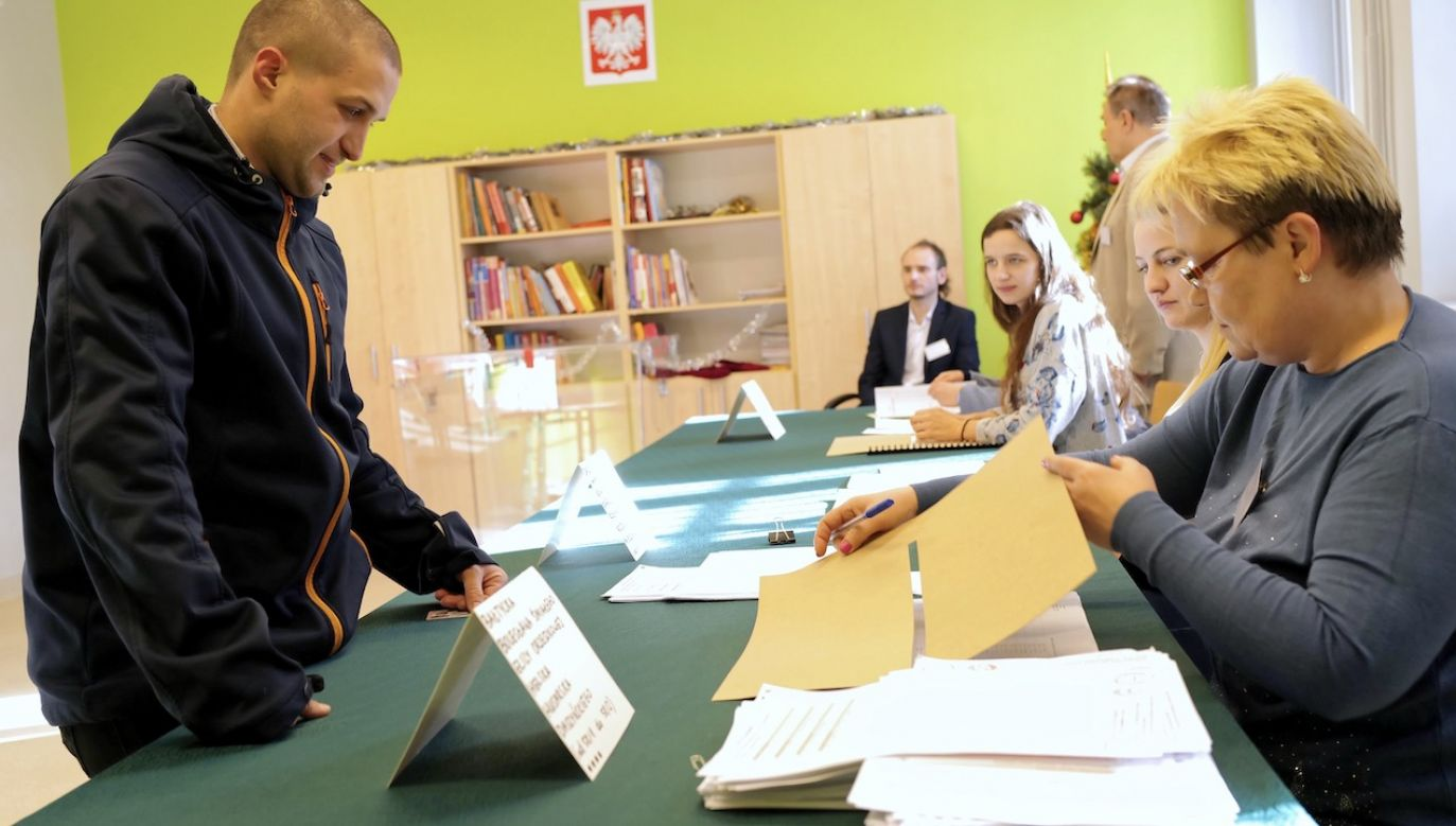 Sekretarz generalny PO ocenił, że w obecnych warunkach niemożliwe jest przeprowadzenie wyborów (fot. arch.PAP/Andrzej Grygiel)