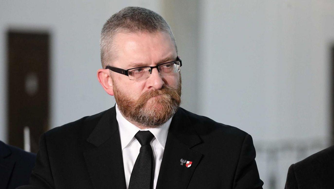 Grzegorz Braun znów udzielił wywiadu Leonidowi Swiridowowi (fot. PAP/Tomasz Gzell)