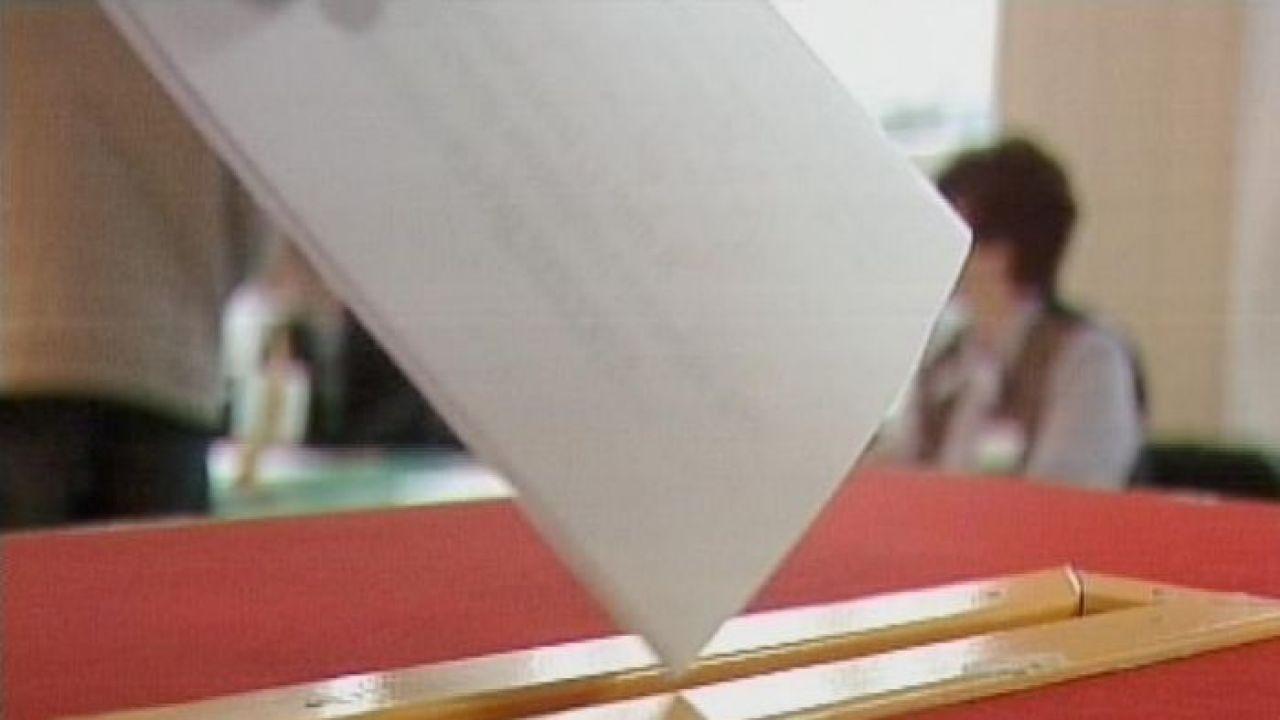 Członkowie nowej partii chcą, by najważniejsze decyzje w Polsce były podejmowane w drodze referendów (Fot. arch.)