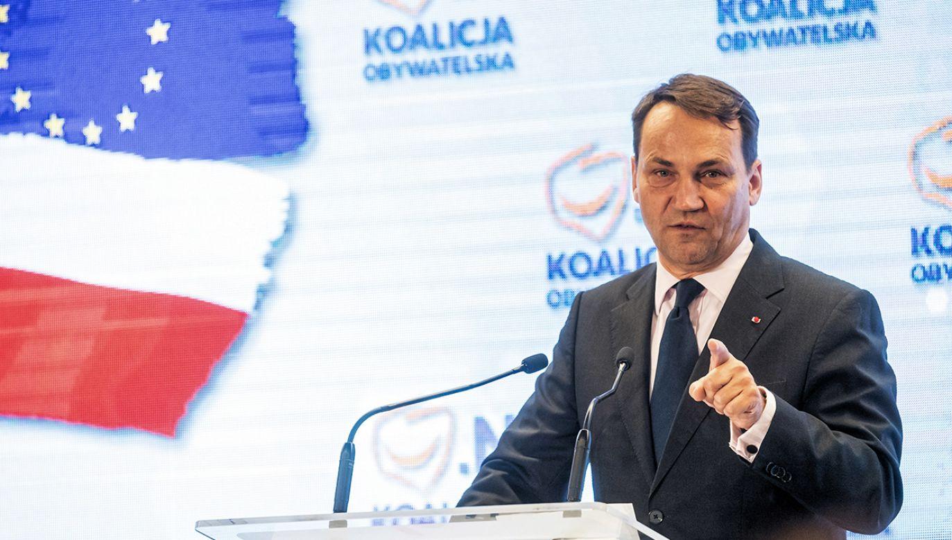 Politycy PO zaprzeczają słowom europosła Sikorskiego, jakoby prawybory prezydenckie w 2010 roku były ustawione. (fot. arch.PAP/Tytus Żmijewski)