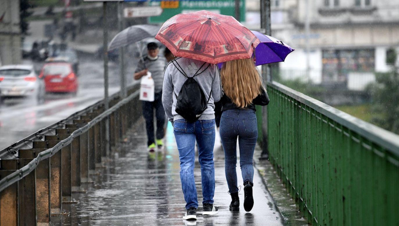 Pogoda może niekorzystnie wpłynąć na nasze samopoczucie (fot. arch.PAP/Darek Delmanowicz, zdjęcie ilustracyjne)