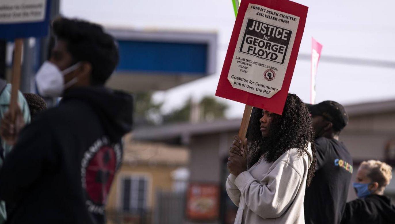 Stany Zjednoczone czekają na wyrok w sprawie Dereka Chauvina (fot. PAP/EPA/ETIENNE LAURENT)