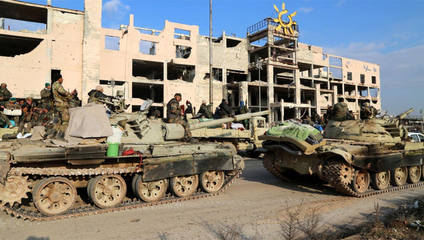 Syryjskie wojsko jest oskarżane o atakie celów cywilnych (fot. PAP/EPA/ABDO HAJJ AHMAD)