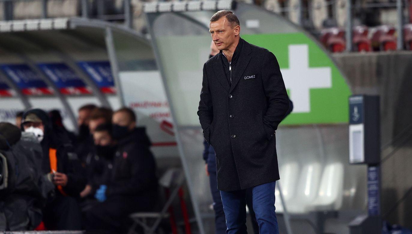 Dariusz Żuraw wyczerpał w Poznaniu kredyt zaufania (fot. PAP/Łukasz Gągulski)