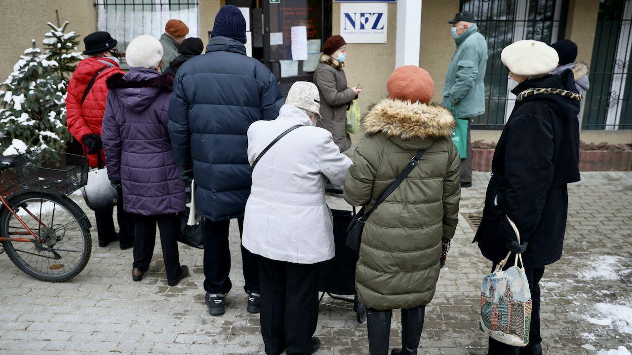 Szefowa MRiPS podkreślała, że rząd PiS podejmuje szereg systemowych działań na rzecz seniorów (fot. PAP/Leszek Szymański)