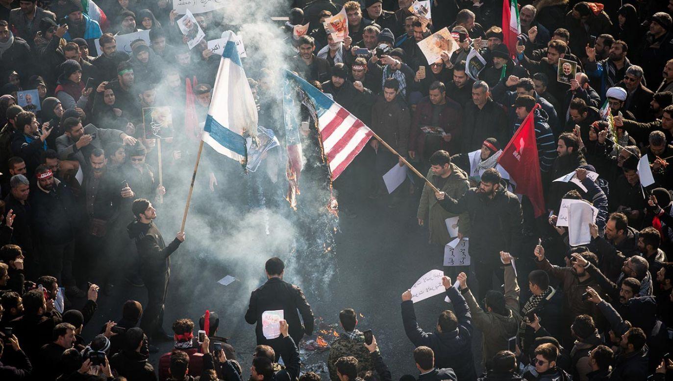 Zarówno Iran, jak i USA, nie są jednak w pełni pewne tego, co zrobi przeciwnik (fot. Hamid Vakili/NurPhoto via Getty Images)