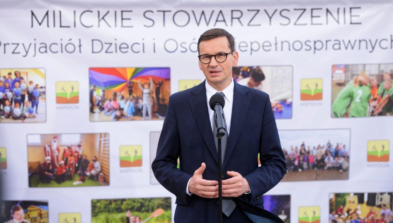 Szef rządu uczestniczył w uroczystym otwarciu Milickiego Centrum Wsparcia CAPITOL (fot. PAP/Jakub Kaczmarczyk)