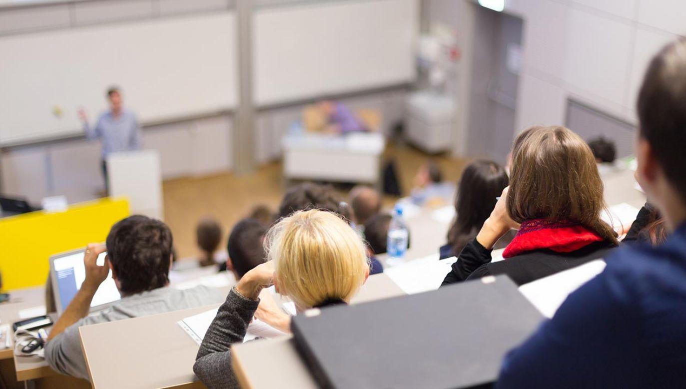 Ostateczna decyzja zależy od rektora uczelni (fot. Shutterstock/Matej Kastelic)
