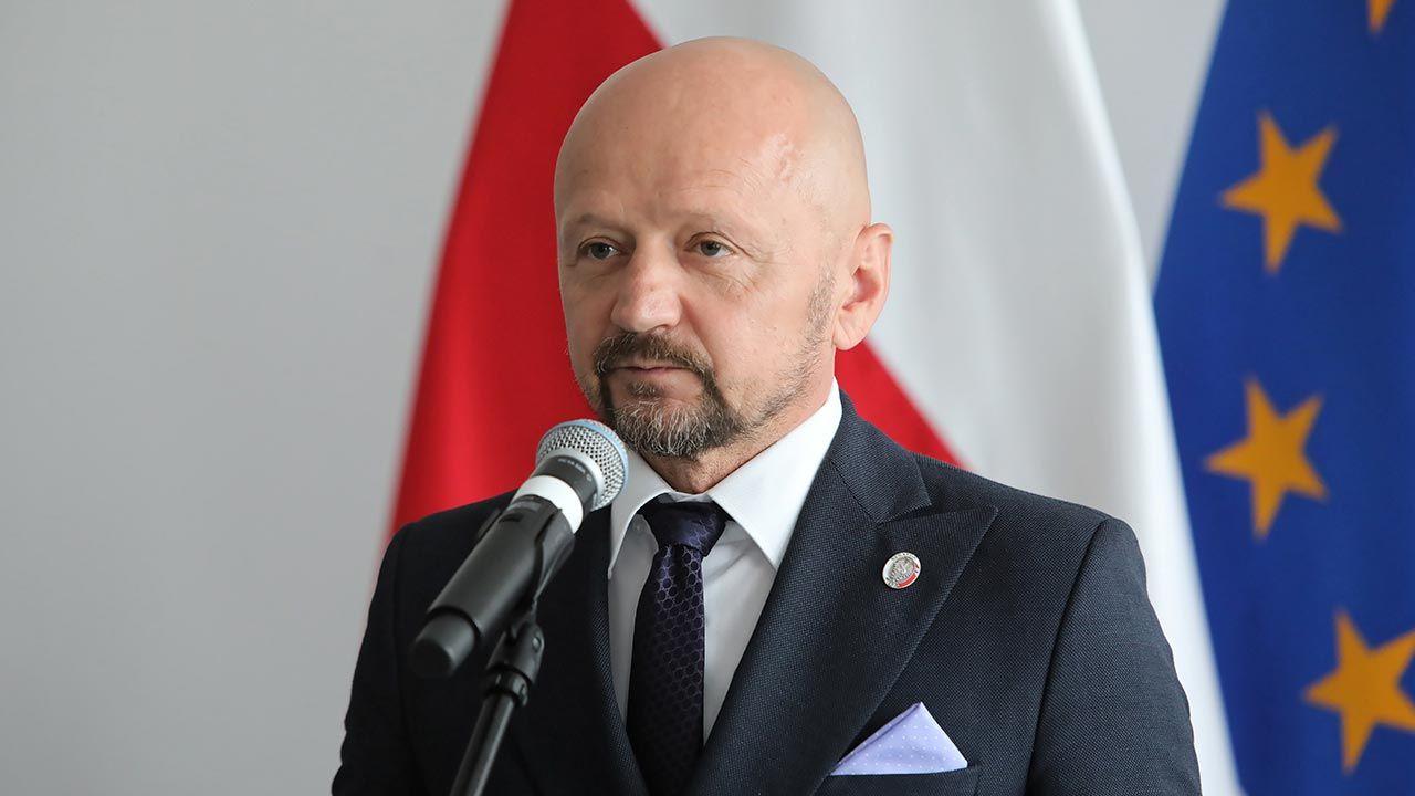 Senator Jacek Bury  (fot. PAP/Wojciech Olkuśnik)