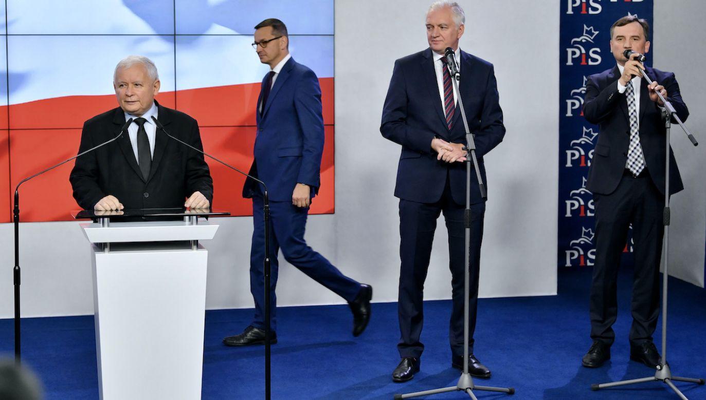 Badanie elektoratu Zjednoczonej Prawicy (fot. arch.PAP/Radek Pietruszka)