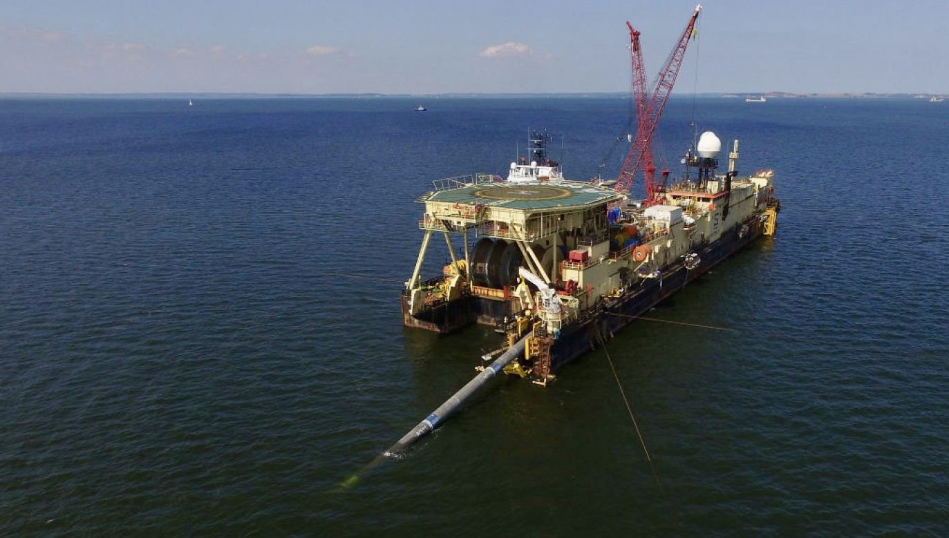 Dwie nitki gazociągu Nord Stream 2 są już ułożone w 95 proc. (fot. Sean Gallup/Getty Images)