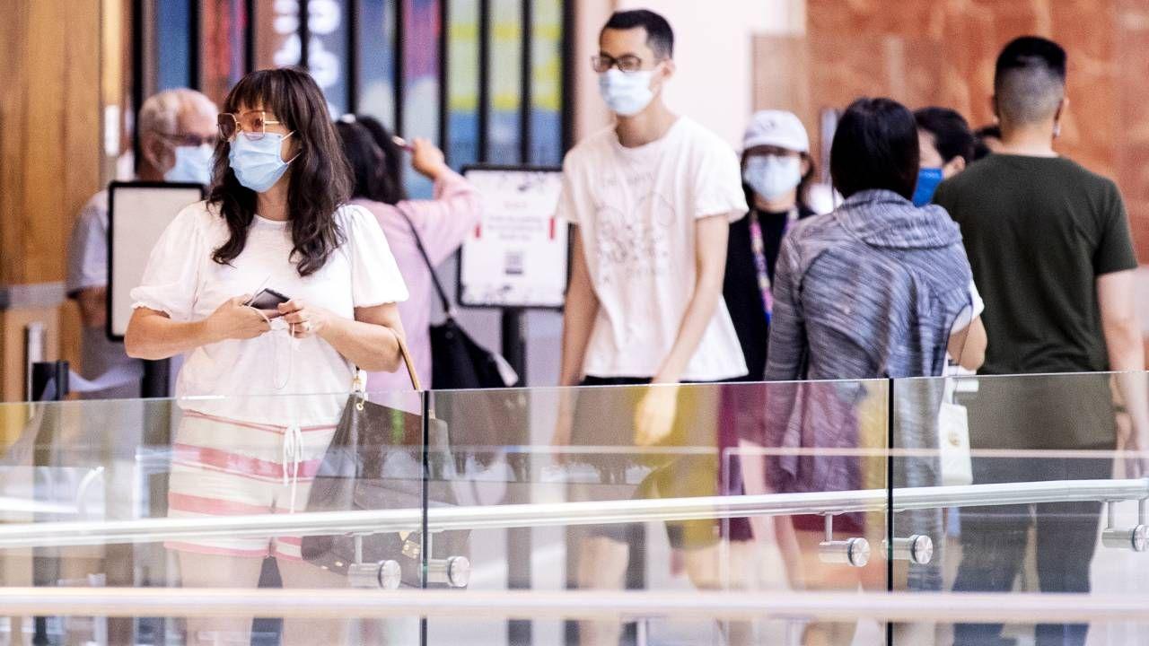 USA zmagają się z pandemią koronawirusa (fot. PAP/EPA/ETIENNE LAURENT)