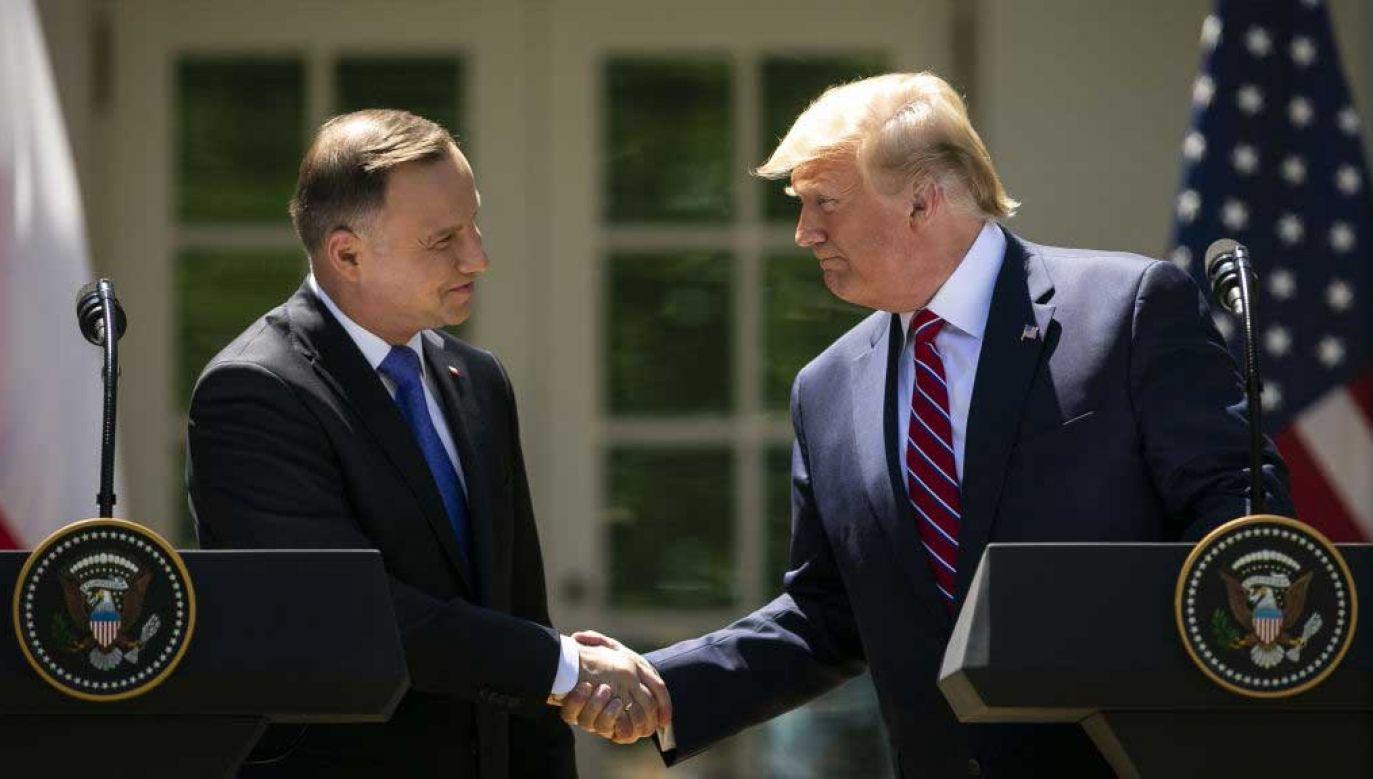 Prezydenci Polski i USA: Andrzej Duda i Donald Trump na wspólnej konferencji prasowej przed Białym Domem w czerwcu 2019 roku (fot. Al Drago/Bloomberg via Getty Images)