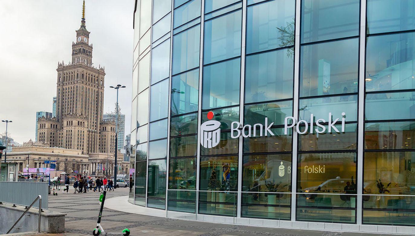 PKO BP jest największym polskim bankiem (fot. Shutterstock/MOZCO Mateusz Szymanski)