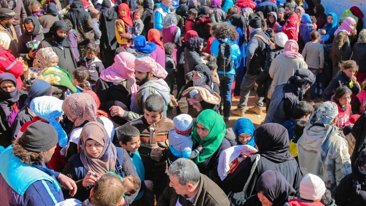 Jeśli dany kraj znajduje się na liście bezpiecznych państw pochodzenia, przyśpiesza to proces podejmowania decyzji azylowych (fot. PAP/EPA/SARC/SAMER ABO)