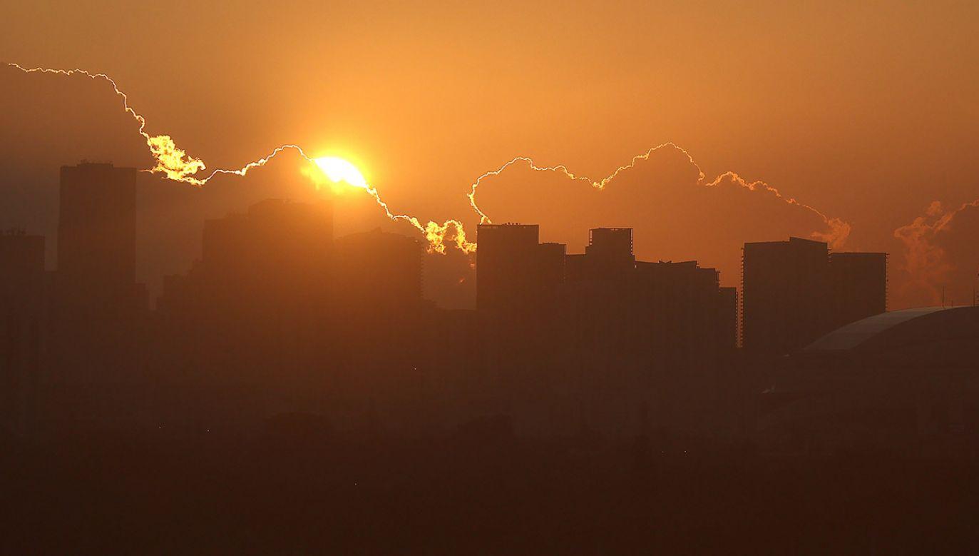 Na opublikowanym przez agencję NSF nagraniu widać gwałtowne ruchy struktur Słońca (fot. PAP/EPA/MATT CAMPBELL)