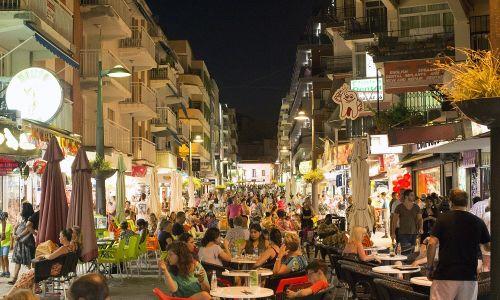 8. Miejsce ósme w rankingu zajmuje Hiszpania, ale ma niski średnią wartość transakcji: zaledwie 567 dolarów na użytkownika przez rok. Fot.Matthew Lloyd/Bloomberg via Getty Images