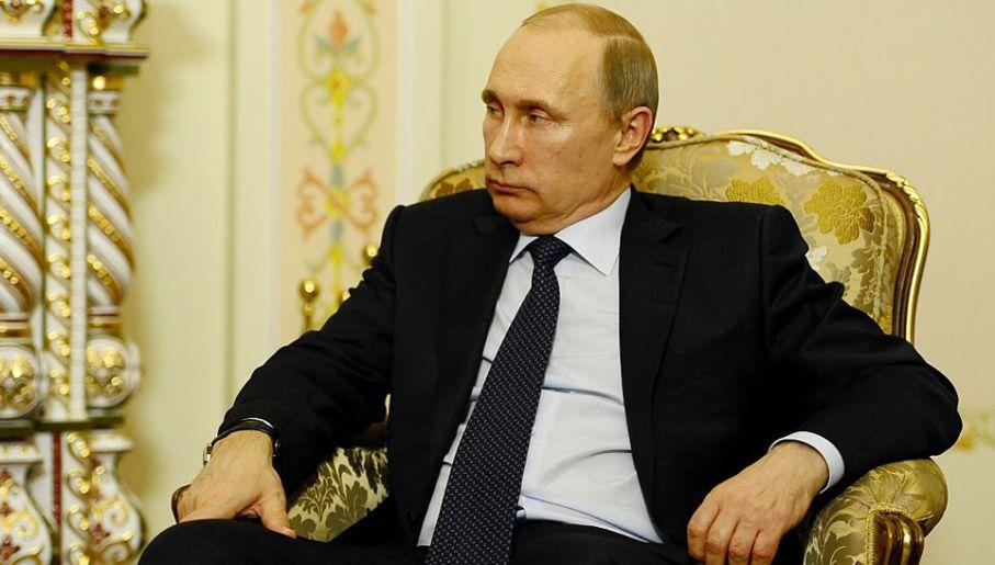Władimir Putin ma nieograniczoną władzę w Rosji (fot. Sefa Karacan/Anadolu Agency/Getty Images)