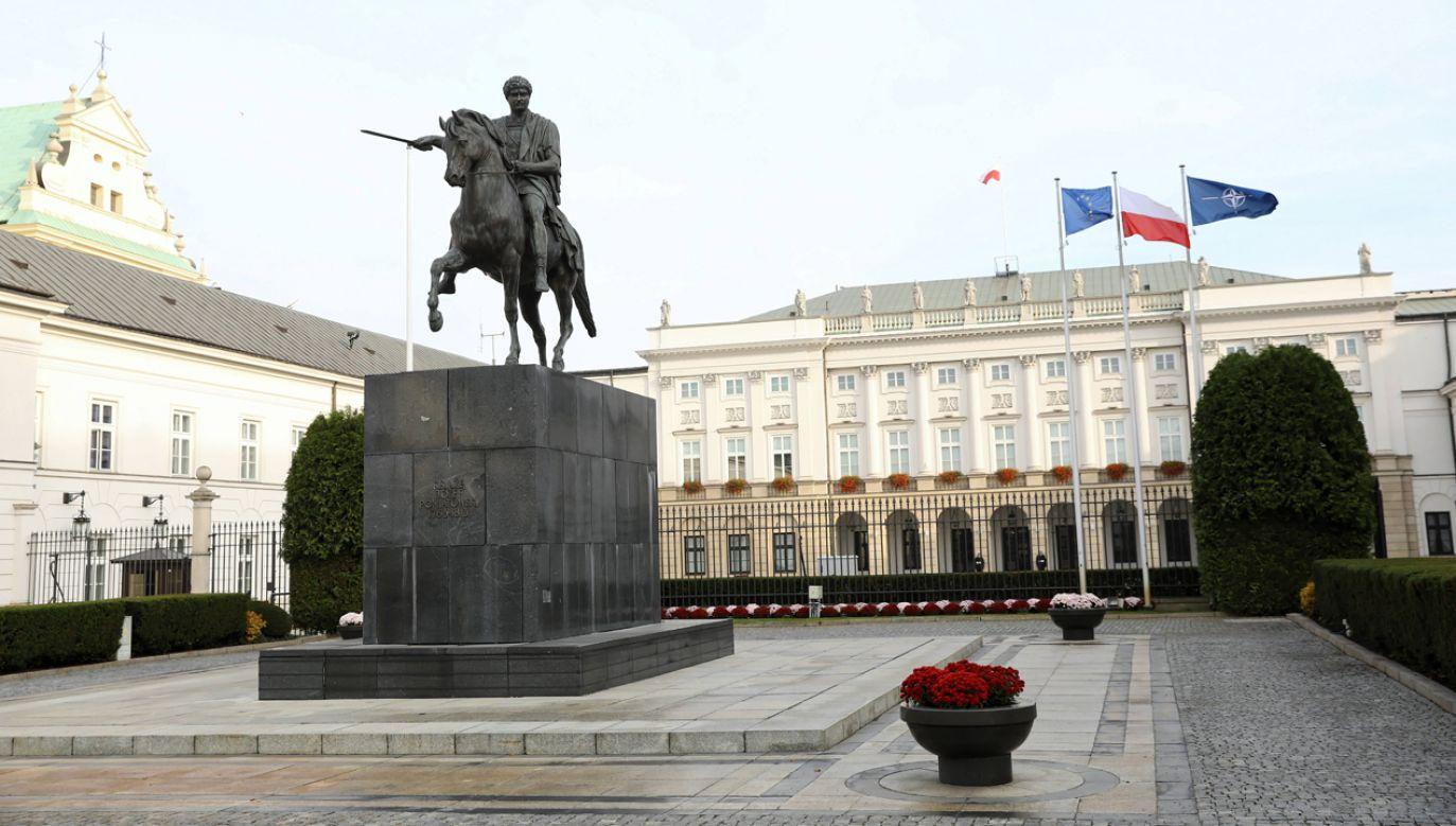 Rzecznik prezydenta nie poinformował, o czym rozmawiał z Janem Śpiewakiem Andrzej Duda (fot. PAP/Rafał Guz)