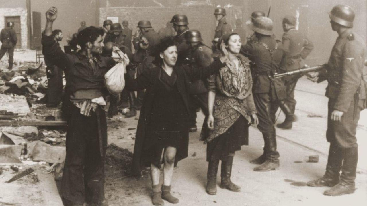 Dyskusja nt. rozliczenia zbrodniarzy III Rzeszy po II wojnie światowej (fot. Universal History Archive/Getty Images)
