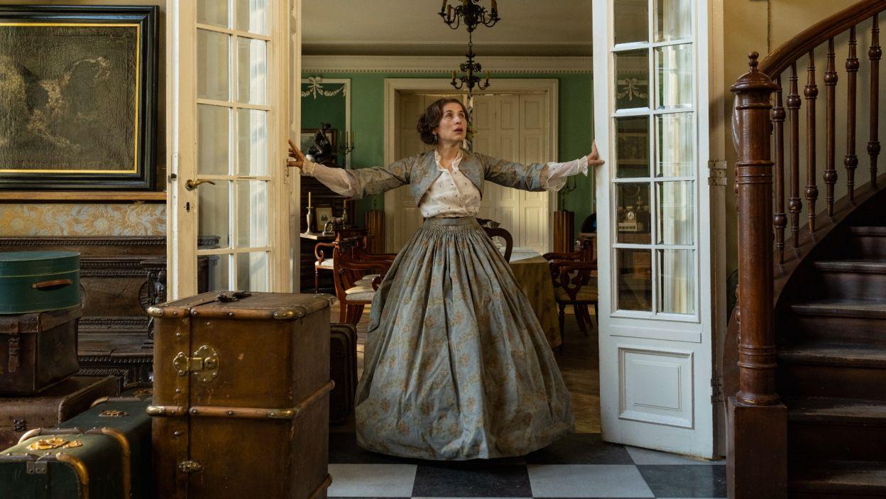 Lata 40. XIX wieku. Do posiadłości George Sand w Nohant-Vic zjeżdżają na lato goście... (fot. Zuza Szamocka/TVP)