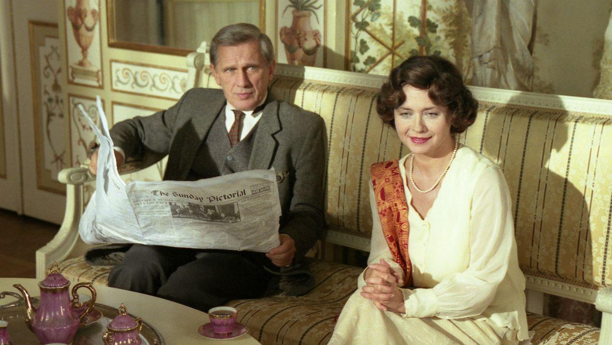 """... i Lord Astor w """"Herbatce u Stalina"""" Harwooda w reż. Janusza Morgensterna (fot. TVP)"""