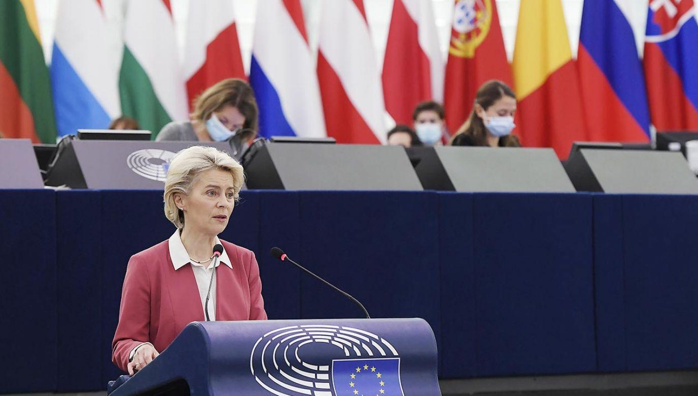 PE przyjął rezolucję dot. wyroku polskiego TK (fot. PAP/EPA/FREDERICK FLORIN / POOL)