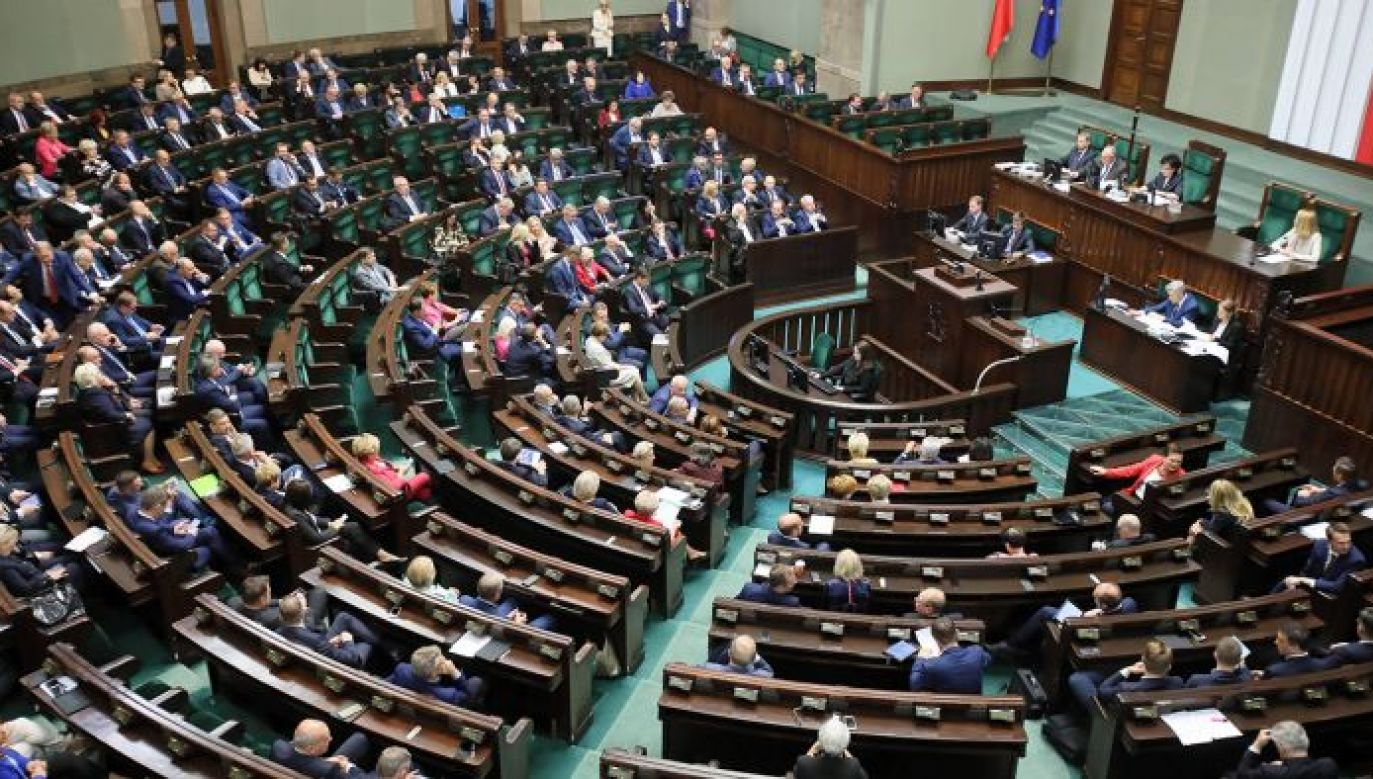Sejm kontynuuje obrady (fot. PAP/Piotr Nowak)