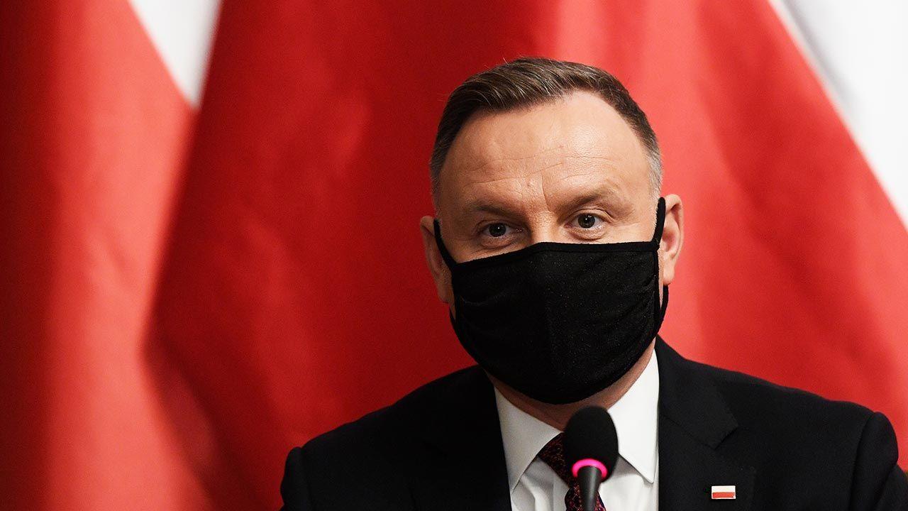 Andrzej Duda nie szczepił się a grypę, ponieważ nie uważał ją za zbyt szkodliwą (fot. PAP/EPA/ONDREJ DEML / POOL)