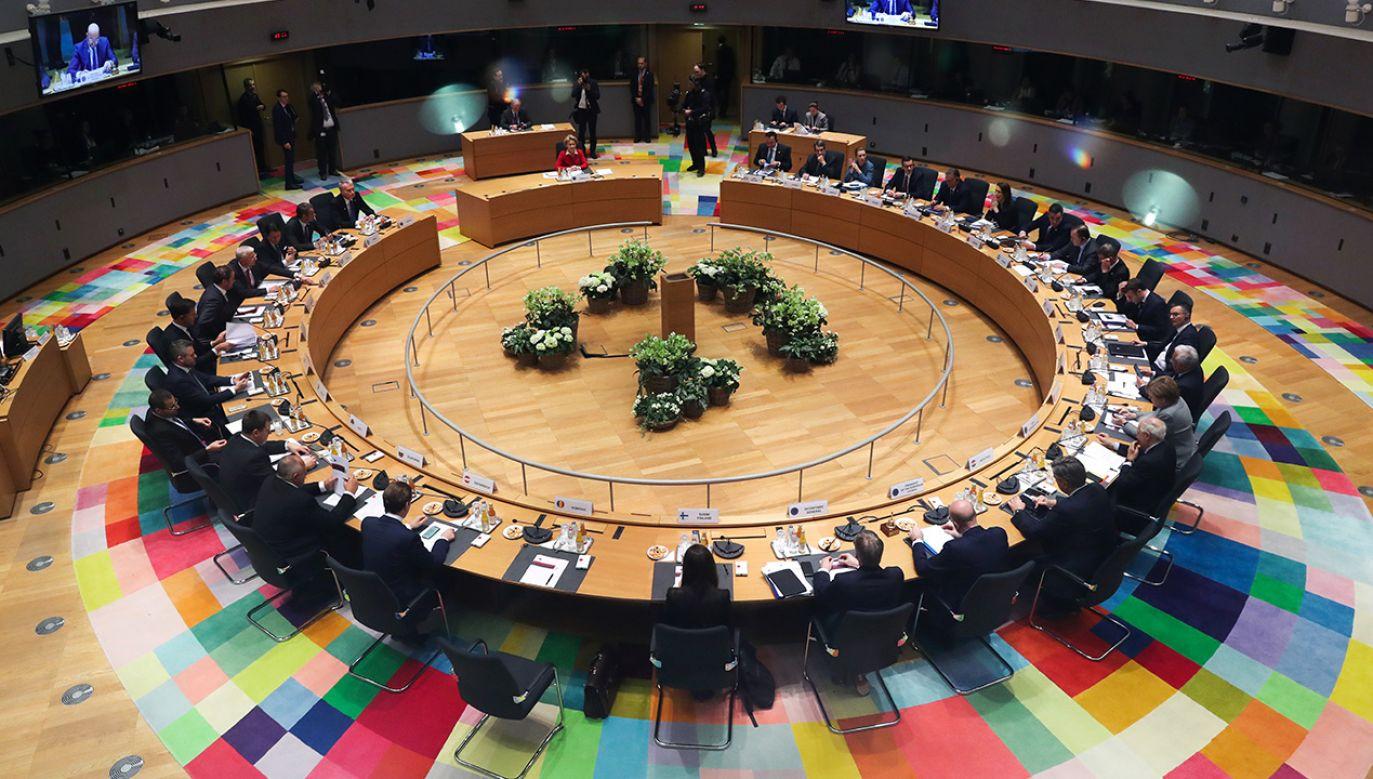 Bez porozumienia skończył się dwudniowy szczyt poświęcony budżetowi unijnemu (fot. REUTERS/Yves Herman/Pool)