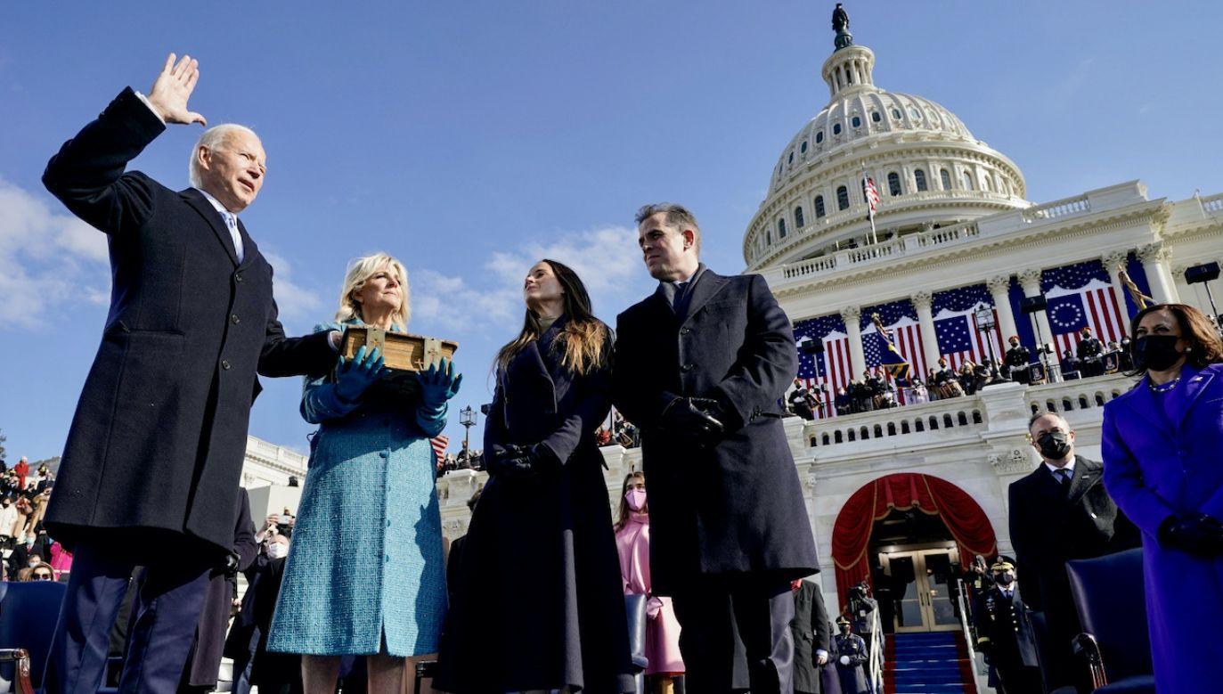 Joe Biden 46. prezydentem Stanów Zjednoczonych (fot. PAP/EPA/A.HARNIK)
