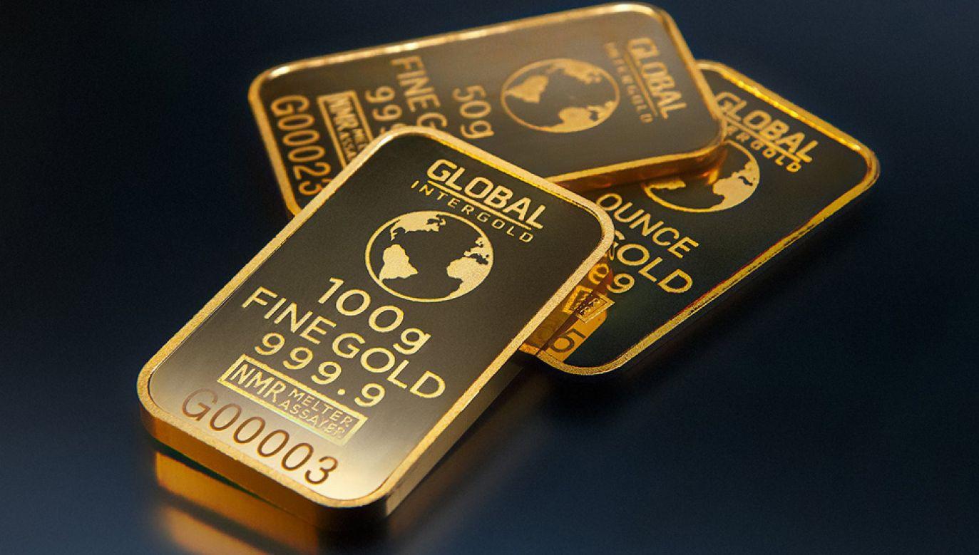 Uncja złota kosztuje najwięcej od września 2011 roku (fot. Pexels)
