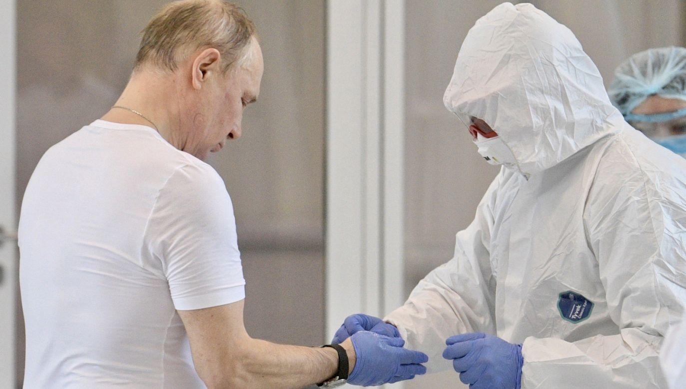 Obecnie w Rosji obowiązuje stan podwyższonej gotowości (fot. PAP/EPA/ALEXEI DRUZHININ/SPUTNIK/KREMLIN POOL)