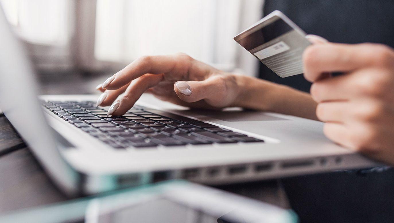 Jesteśmy w grupie najszybciej rosnących rynków e-zakupów w Europie (fot. Shutterstock)