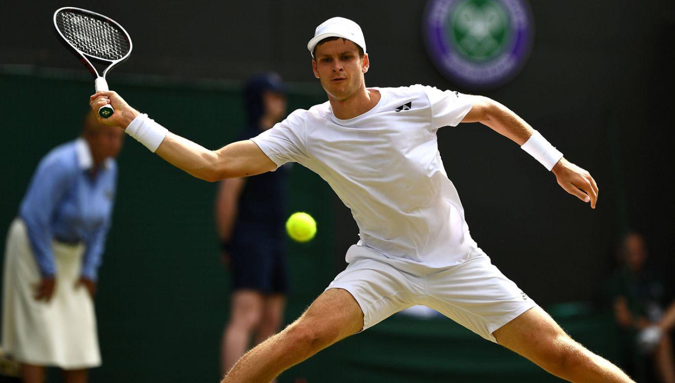Hubert Hurkacz  zwyciężył  w turnieju ATP w amerykańskim Winston-Salem (fot. arch. PAP/EPA/Victoria Jones)