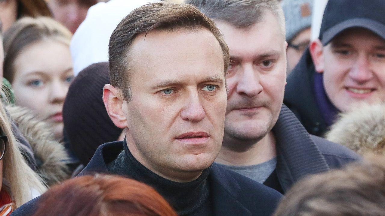 W ocenie Nawalnego decyzja jest zemstą za to, że ujawnił tożsamość osób, które dokonały na niego zamachu.. (fot. Andrey Rudakov/Bloomberg via Getty Images)