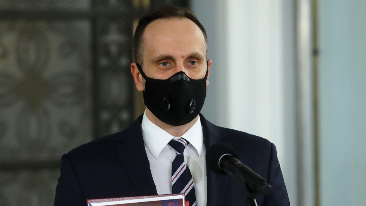 Janusz Kowalski mówi o pogłoskach ws. dymisji (fot. PAP/Rafał Guz)
