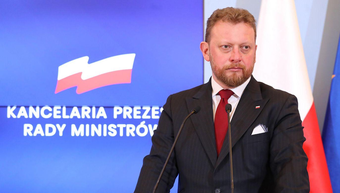 Minister zdrowia przestrzega (fot. PAP/Tomasz Gzell)