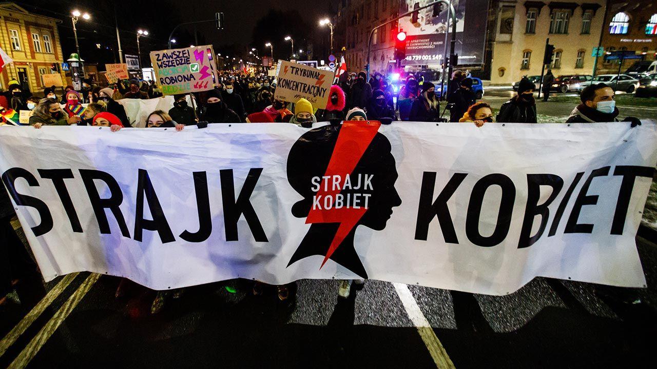 """Przewodniczący Komisji Nominacyjnej przypomina, że OSK """"narodził się we Wrocławiu"""" (fot. Filip Radwanski/SOPA Images/LightRocket via Getty Images)"""
