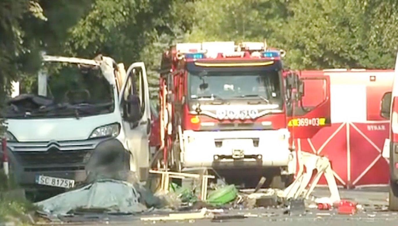 Powodem wybuchu była najprawdopodobniej przewożona samochodem butla z acetylenem (fot.TVP Info)