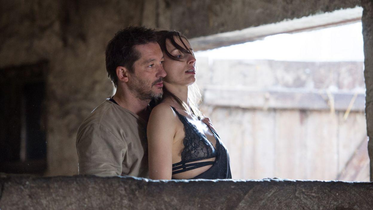 ... a Christoph i Yvonne szybko znajdują nić porozumienia (fot. Jan Bogacz/TVP)
