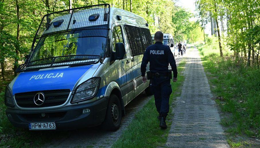 Miejsce odnalezienia zwłok kobiety (fot. PAP/Marcin Bielecki)